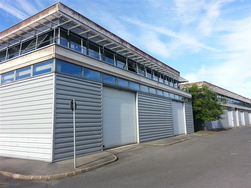 A louer locaux mixtes bureaux et activités proche de l'autoroute A4 - Photo 1