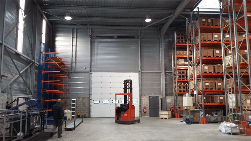 Co-Exclusivité - Bâtiment indépendant à louer proche A104/A4 - Photo 1