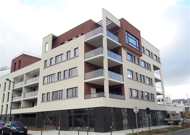 Immeuble neuf à usage de bureaux proche du Val d'Europe et du RER A - Photo 1