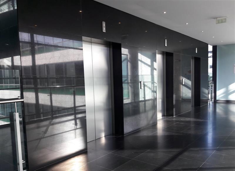 Surface de bureaux à louer - La Plaine Stade de France - Photo 1