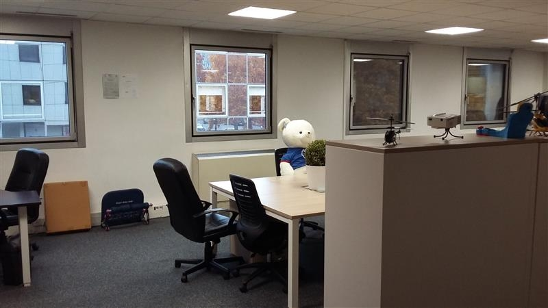 vente bureaux noisy le grand 93160 180m2. Black Bedroom Furniture Sets. Home Design Ideas