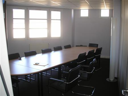 location bureaux saint maur des fosses 94100 130m2. Black Bedroom Furniture Sets. Home Design Ideas