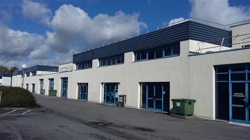 Les Espaces Multiservices - Activités légères et bureaux à vendre dans la ZI Pariest - Photo 1
