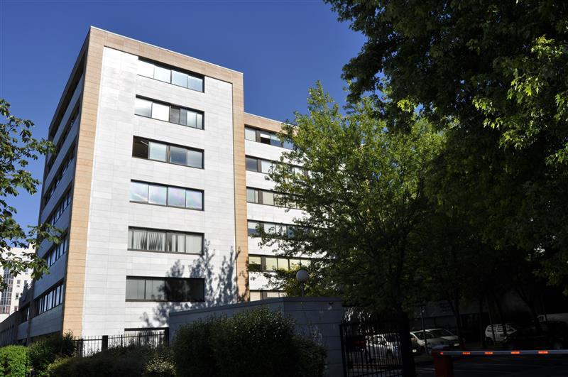 Eurocap - Bureaux à louer ou à vendre sur le Quartier d'Affaires du Mont d'Est - Photo 1