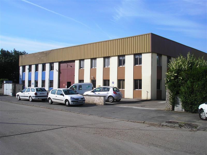 Bureaux & Locaux d'Activités à louer - ZI de Chennevières - Photo 1