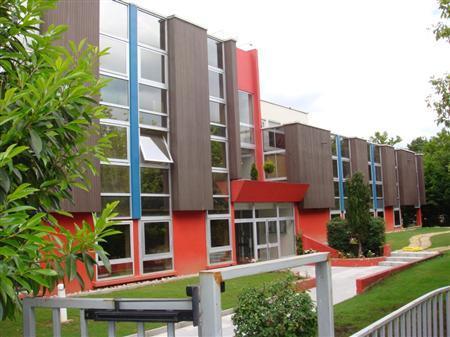 Centre d'Affaires - bureaux et cellules d'activités à louer au sein de la ZI PARIEST - Photo 1