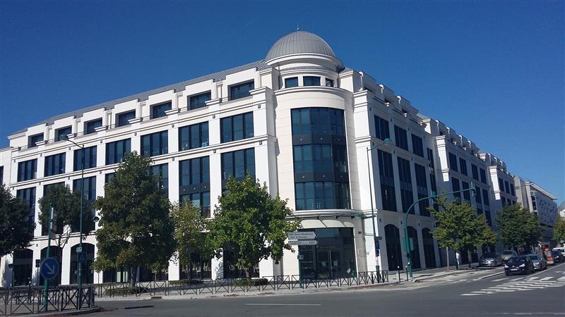 Centre urbain du Val d'Europe - Bureaux neufs à louer au pied du RER A - Photo 1