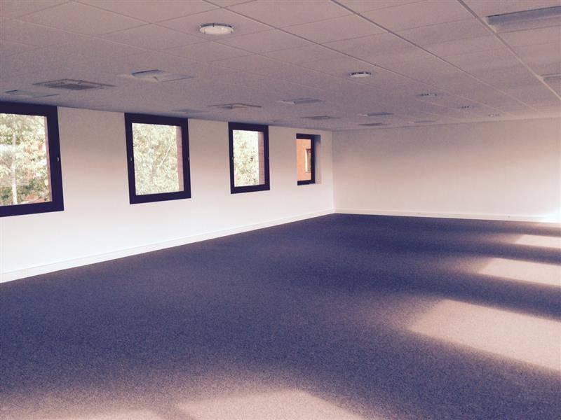 Location bureaux montigny le bretonneux 78180 193m2 id - Bureau de change montigny le bretonneux ...