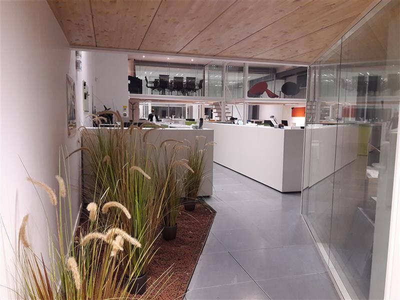 location bureaux pantin 93500 320m2. Black Bedroom Furniture Sets. Home Design Ideas