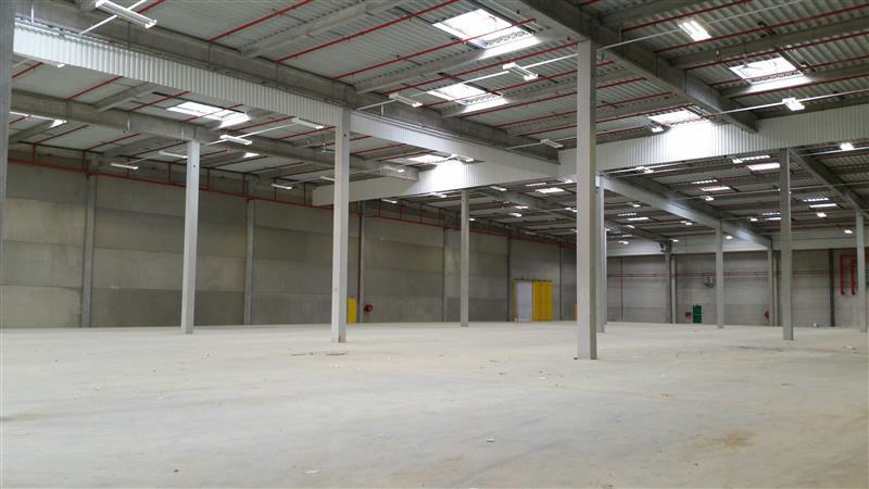 Entrepôts logistiques à louer à Survilliers - Photo 1