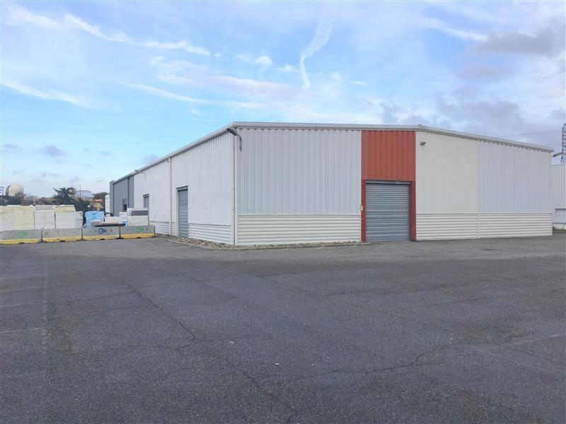 Location entrep t toulouse 31100 840m2 for Location garage toulouse 31100