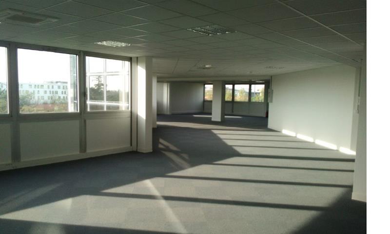Bureaux à la location - de 71m² à 925m² - Toulouse Blagnac Aéroport - Photo 1