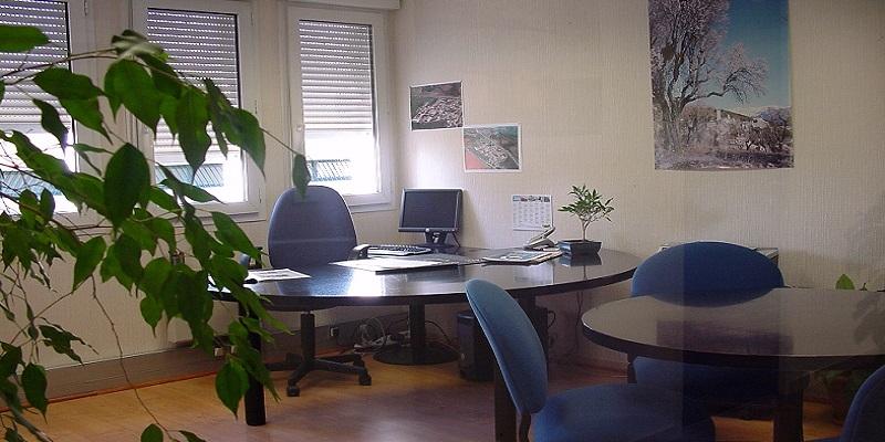 Bureaux à louer à Sisteron - Pépinière d'entreprises - Photo 1