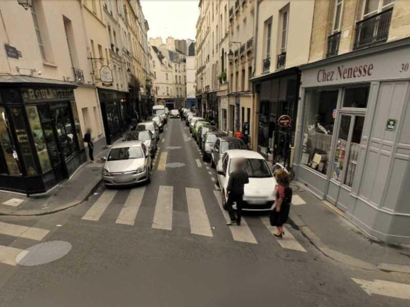 Location locaux commerciaux paris 75003 100m2 for Locaux commerciaux atypiques paris
