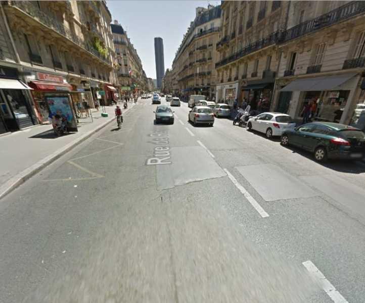 Location locaux commerciaux paris 75006 75m2 for Locaux commerciaux atypiques paris