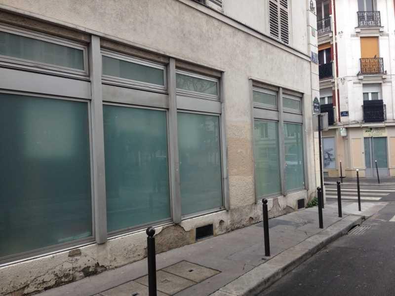 Vente locaux commerciaux paris 75011 210m2 for Locaux commerciaux atypiques paris