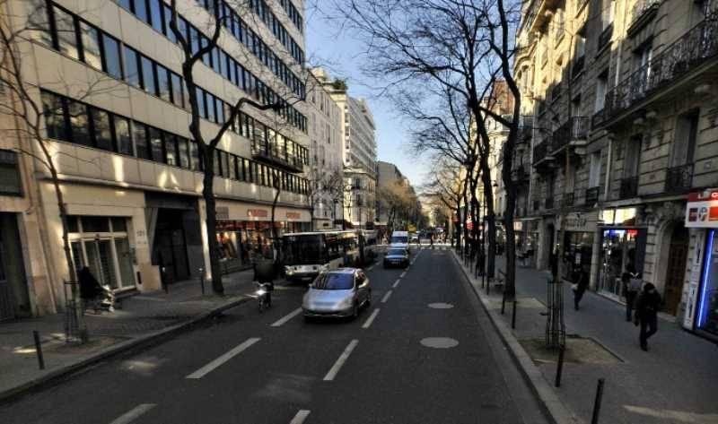 Location local commercial paris 14 me louer commerce for Locaux commerciaux atypiques paris