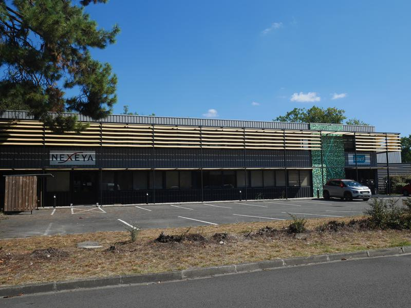 Bureaux-Activités - Parc Cadéra Sud - Photo 1
