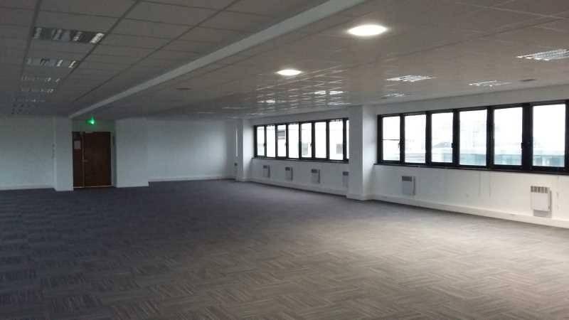 location bureaux pantin 93500 88m2. Black Bedroom Furniture Sets. Home Design Ideas