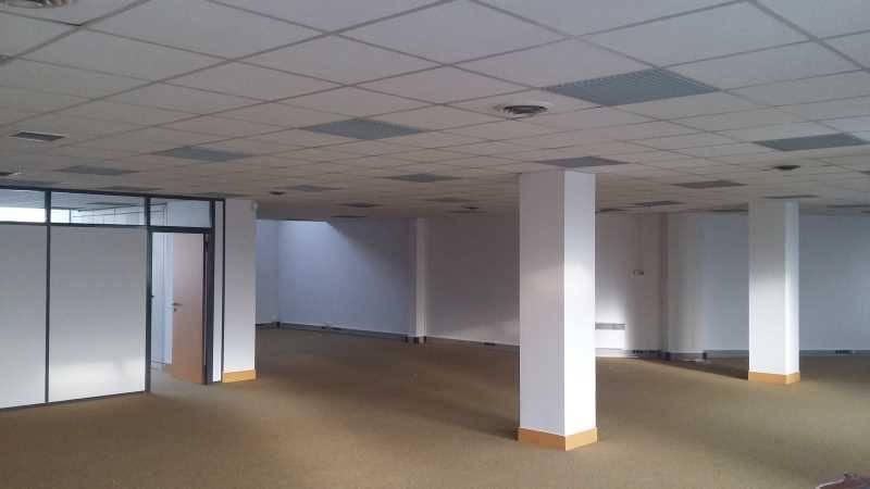 location bureaux pantin 93500 40m2. Black Bedroom Furniture Sets. Home Design Ideas