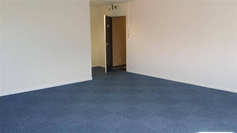 location bureaux villeneuve d 39 ascq 59650 41m2. Black Bedroom Furniture Sets. Home Design Ideas