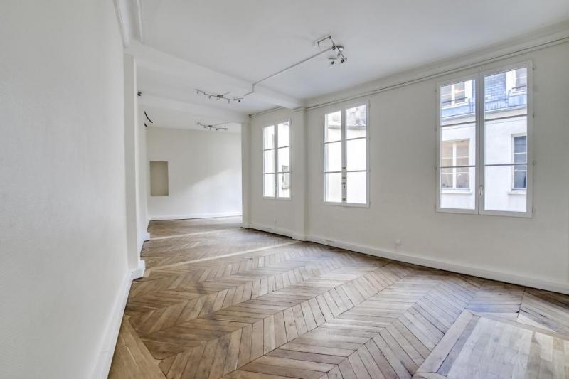 location bureaux paris 75009 174m2. Black Bedroom Furniture Sets. Home Design Ideas