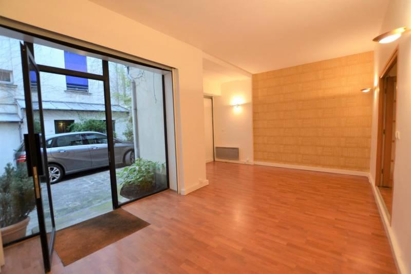 location bureaux paris 75006 50m2. Black Bedroom Furniture Sets. Home Design Ideas