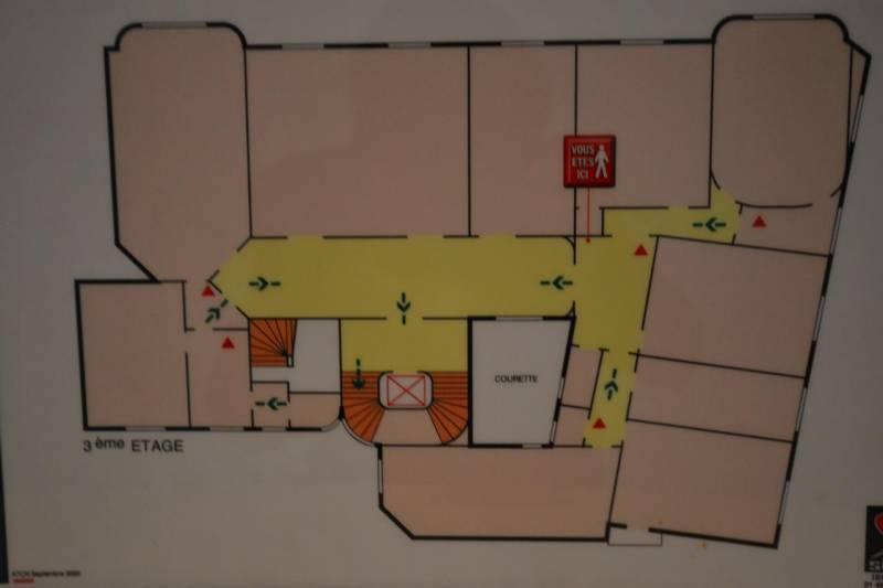 Location bureaux paris 75008 220m2 for Location bureau 13