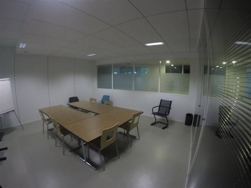 location bureaux st priest 69800 33m2. Black Bedroom Furniture Sets. Home Design Ideas
