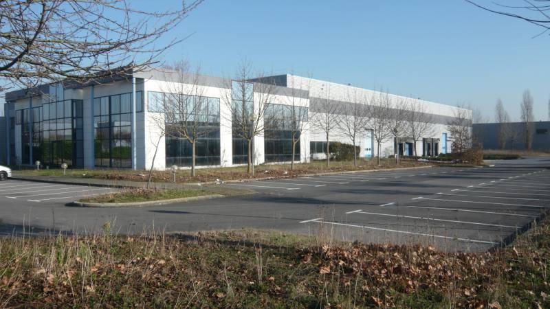 SARTROUVILLE, Bâtiment indépendant 8 390 m² - Photo 1