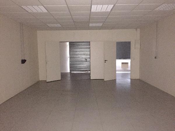 Locaux mixtes 280m² - Photo 1