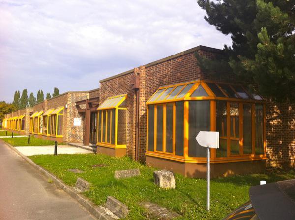 Local d'activités 1667m² - Photo 1