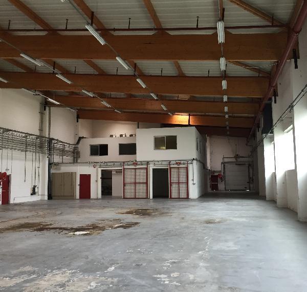 Entrepôt 1440m² - Photo 1