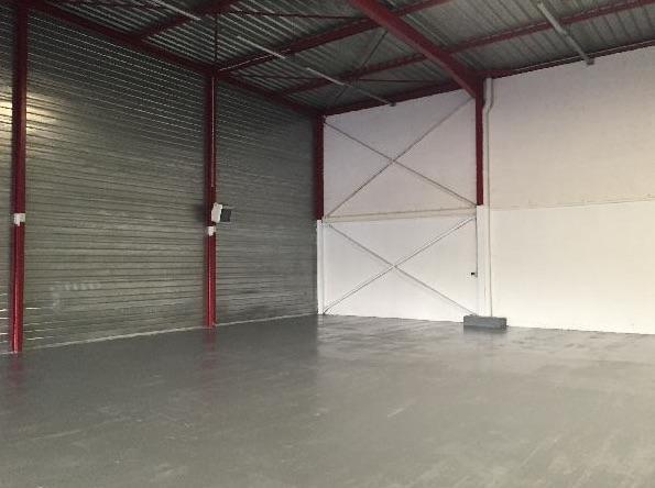 Entrepôt 2267m² - Photo 1