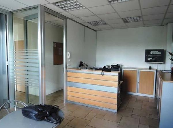 Bureau 500m² - Photo 1