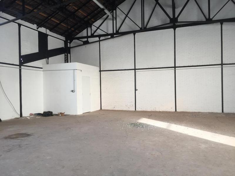 Entrepôt 122m² - Photo 1