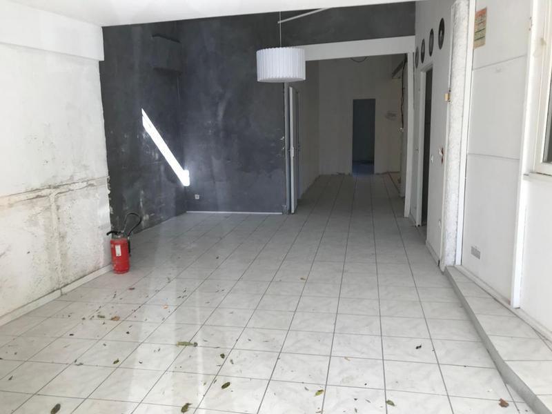 Bureau de 115m² - Photo 1