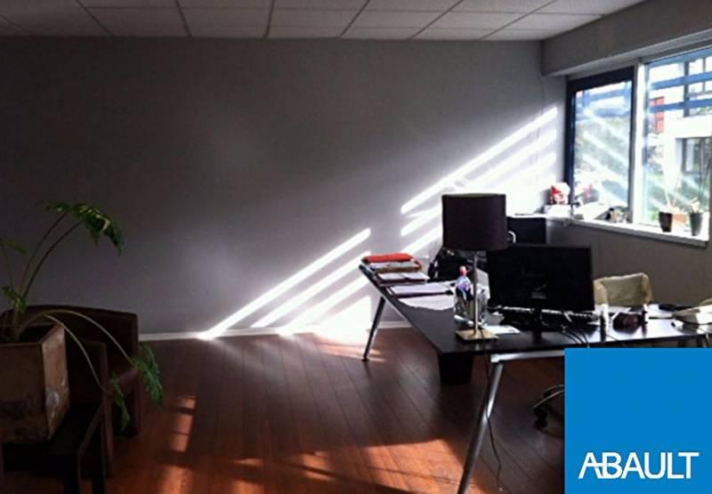 location bureaux bordeaux 33300 119m2. Black Bedroom Furniture Sets. Home Design Ideas