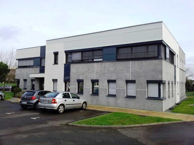 Location bureaux saint herblain 44800 92m2 for Location garage saint herblain