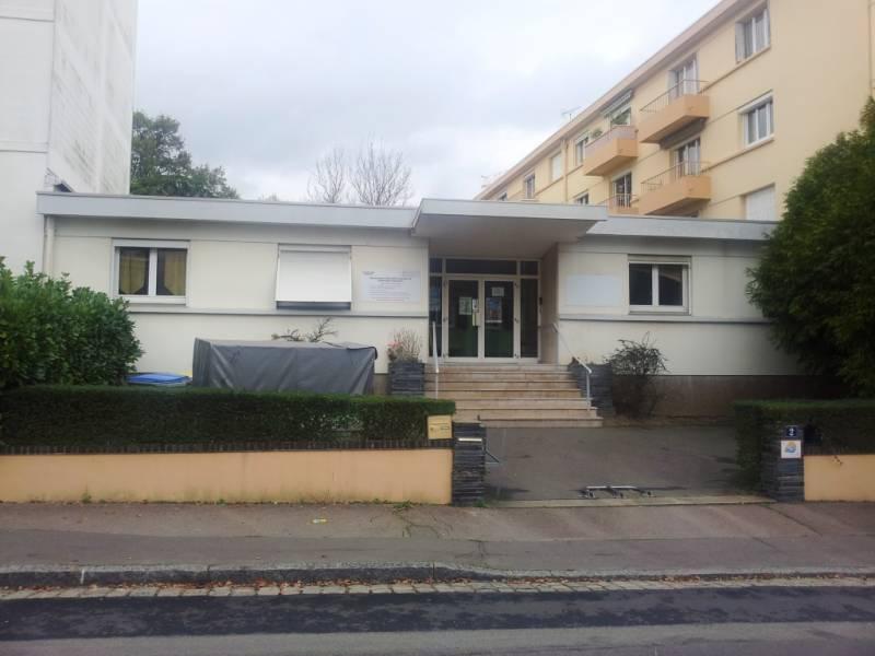 Location bureaux nantes louer bureau nantes 44300 for Location garage nantes 44300