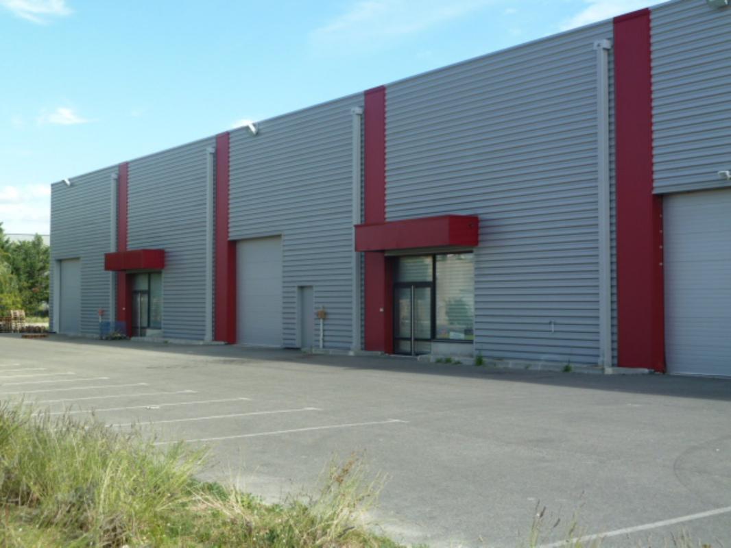 Location Entrepôt Pertuis 84120 - Photo 1