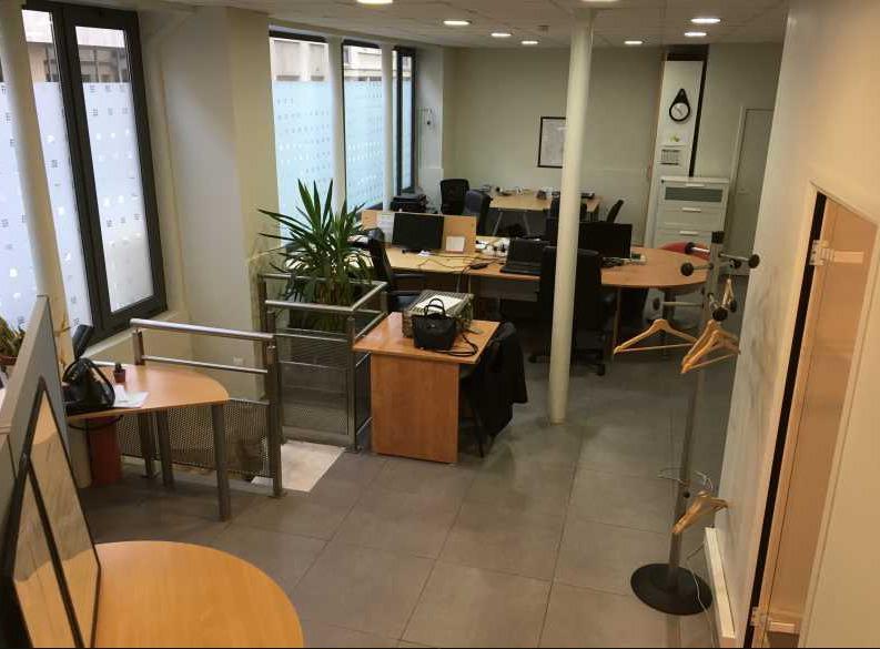 Bureaux de 80m² - à louer ou à vendre - Boulogne - Photo 1