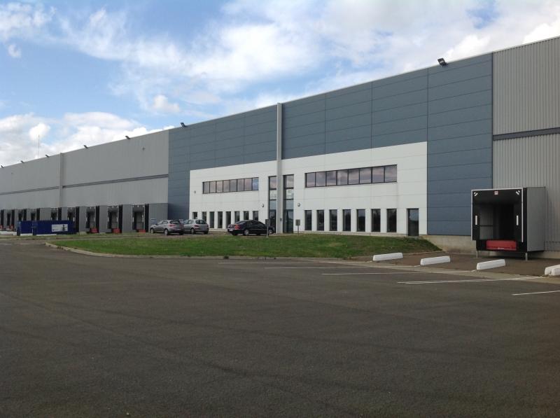À LOUER  12128 m² (divisibles) - Entrepôt neuf DURTAL  (49 430)