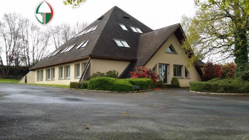 À vendre - immeuble de bureaux R+2 - 650 m2 Laval –