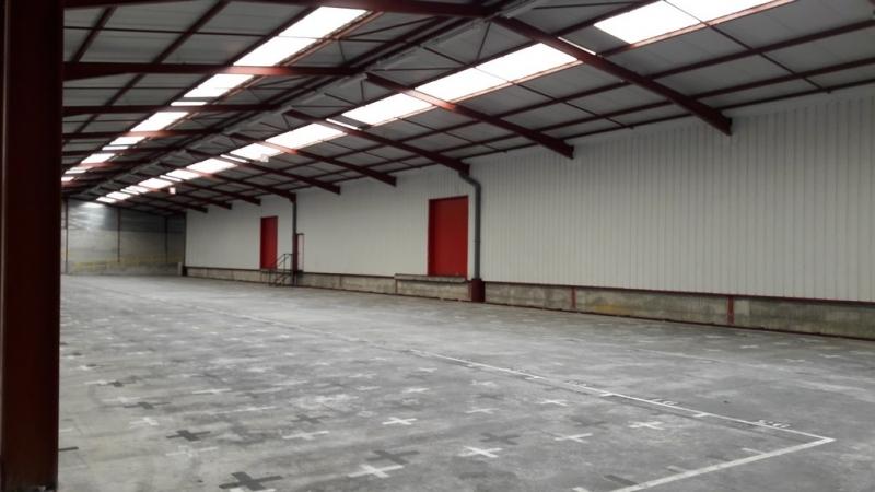 Vesoul - Local stockage/activités - 5 400m² divisibles