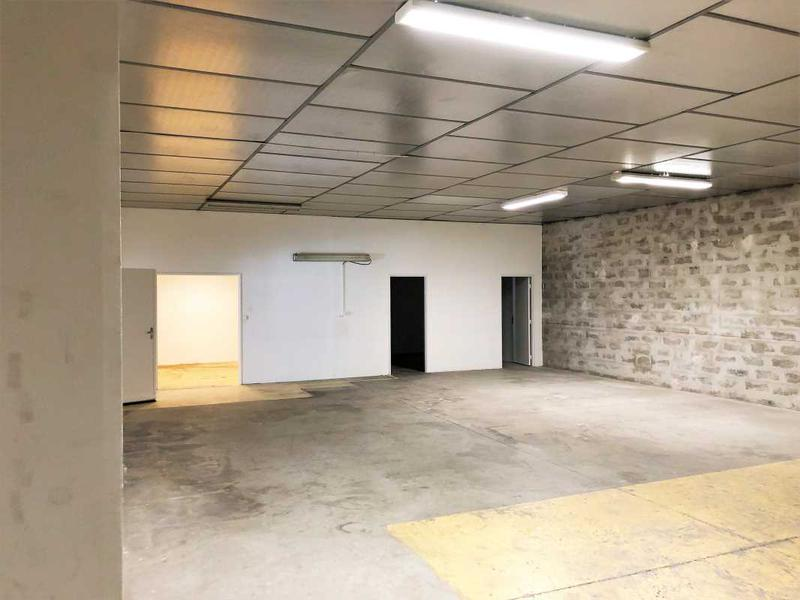 Location Entrepôt Aix En Provence 13100 - Photo 1