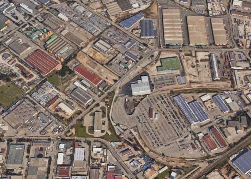Location Entrepôt Vitrolles 13127 - Photo 1