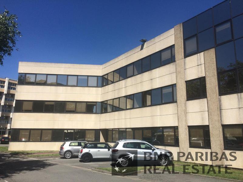 Location bureaux toulouse 31300 6 435m2 for Location garage toulouse 31300