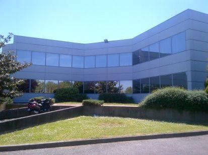 Location Bureaux Labege 31670 200m2 Bureauxlocaux Com