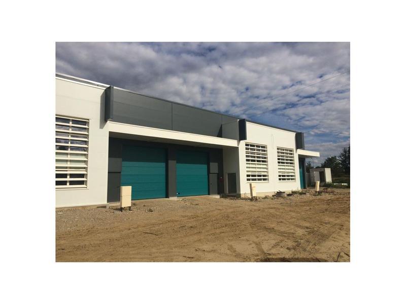 Location Locaux d'activités VENISSIEUX 69200 - Photo 1